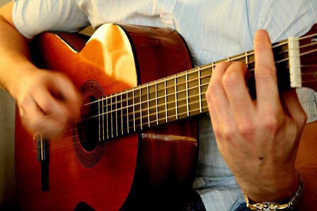 Practice guitar the modern way