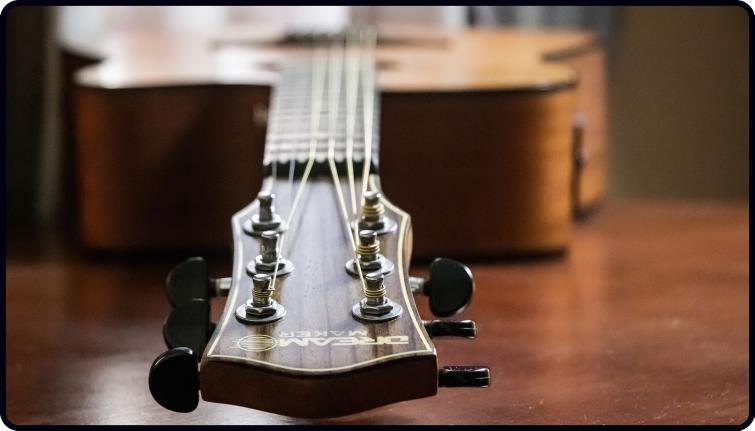 paul simon interview, guitar on table